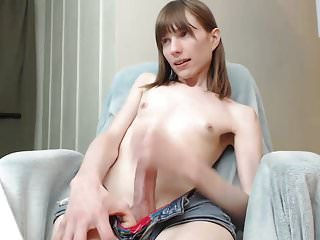 Ugly Shemale Cam-slut Four Yield Cum